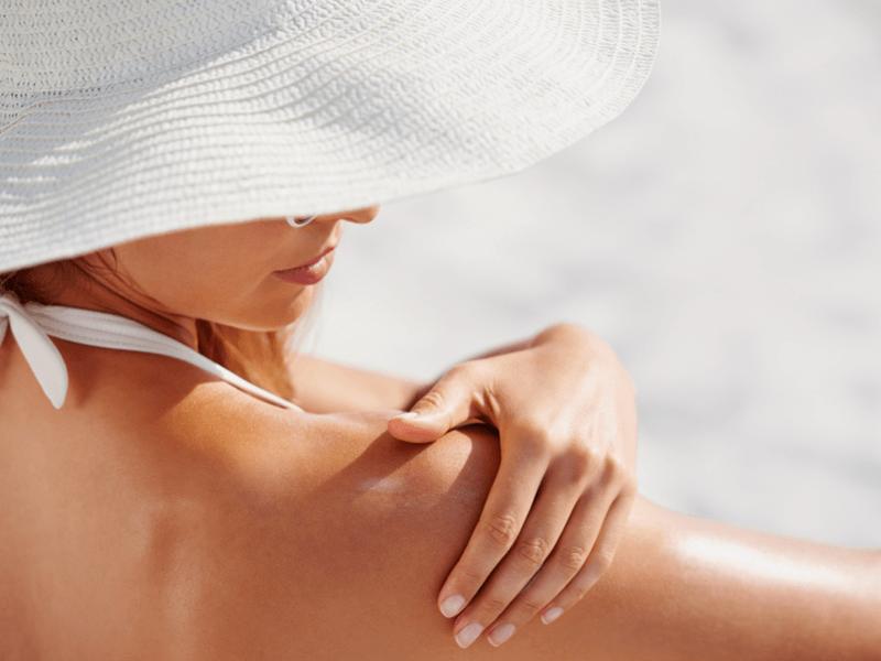 肌に優しいオーガニックの日焼け止め!敏感肌の方や赤ちゃんにも安心の自然由来成分配合