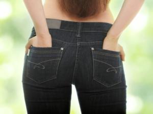 おしりのニキビはかゆくて、痛い!?原因や改善方法、予防のポイント9つ