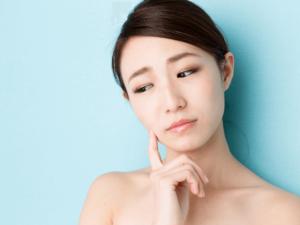 肌がゴワゴワしてかゆい原因はニキビ?乾燥?改善するための6つのポイント