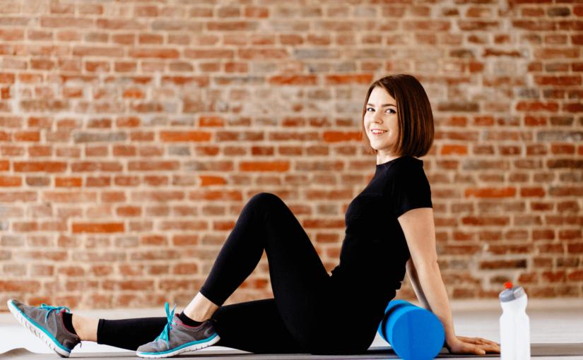 姿勢改善にはストレッチポールがよい?期待できる効果と正しい使い方について