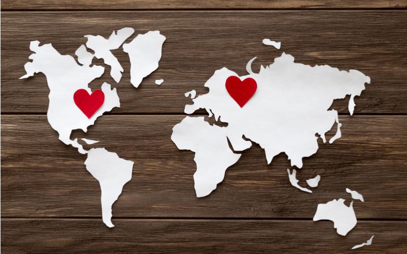 遠距離恋愛に辛さを感じるのはいつ?遠距離恋愛のメリットと乗り越える方法